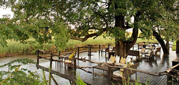 LION SANS River Lodge