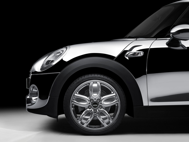 Mini-Chrome-Line-Exterior-Deluxe-3