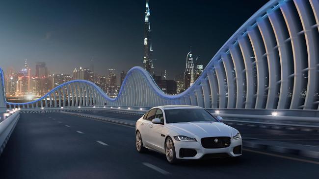 El nuevo XF: puro diseño en alumunio para una conducción segura y ligera