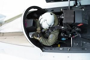 Rafale-pilot-wearing-BR03b.tif