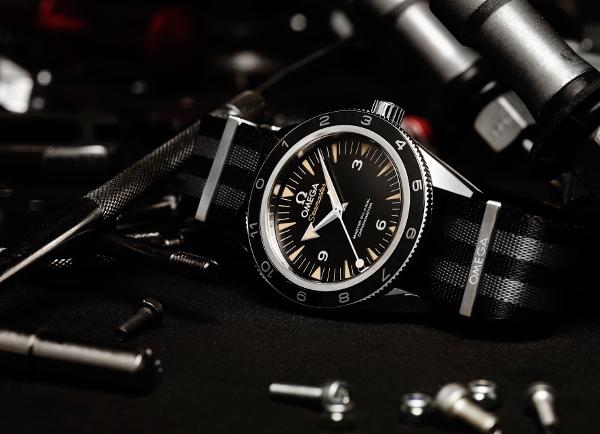 OMEGA Seamaster 300 Spectre: es Bond, James Bond.
