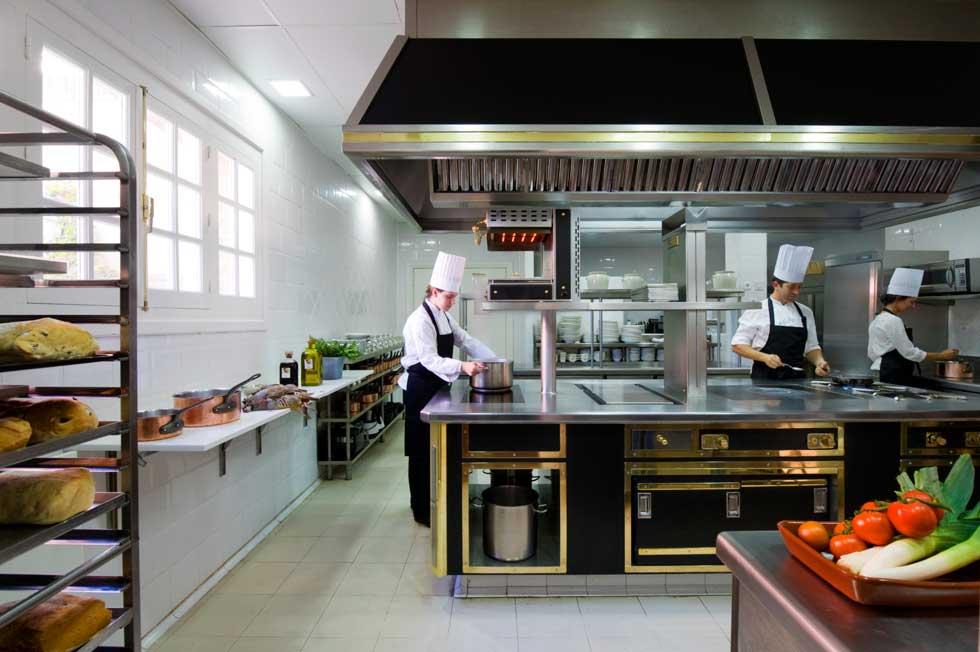 La selecci n aircrew de restaurantes con estrella michelin - Hoteles con cocina en madrid ...