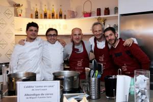 Grandes cocineros imparten clase en la madrileña escuela de cocina A Punto.