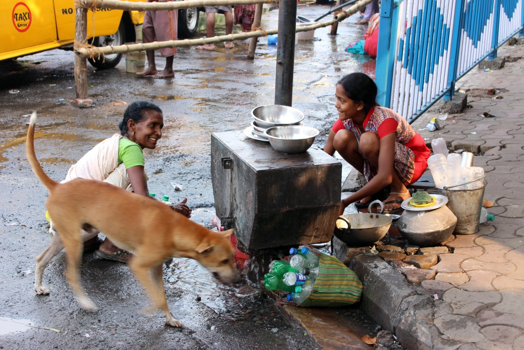 Pobreza en las calles de Calcuta © Luis Martín-Crespo