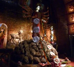 diosa Durga en Behala Friends