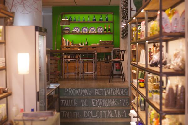 Estraperlo es un espacio muy acogedor en Sevilla.