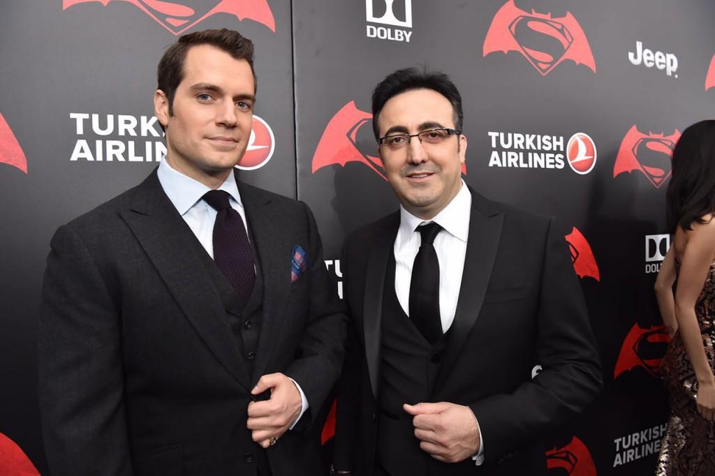 Henry Cavill con el Presidente de la Junta de Turkish Airlines