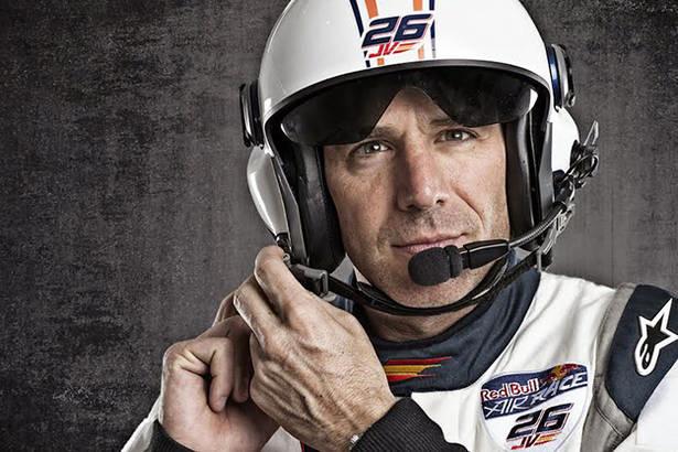 Juan Velarde, único piloto español de Red Bull Air Race
