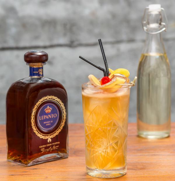 venta de descuento diseño innovador rendimiento superior El brandy: no es bebida para viejos   AIRCREW LIFESTYLE