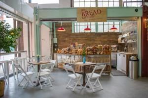 Encantador local de Hot Bread Kitchen en Nueva York.