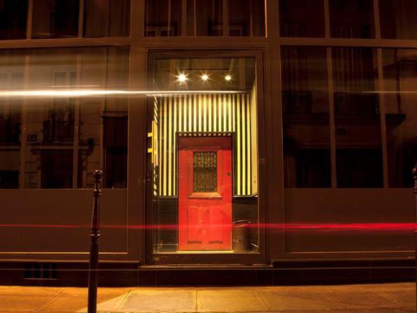 ¿Qué se oculta tras la entrada al Little Red Door? (imagen de su página de Facebook).