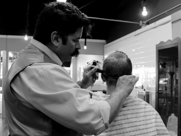 Una visita al peluquero es lo mejor para empezar el verano.