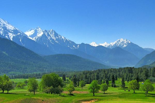 Lidder Valley Golf: Jugar al golf en Los Himalayas.