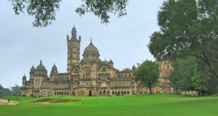 Entorno del Gaekwad Baroda Golf, construido junto al exquisito palacio de Lukshmi Villas.