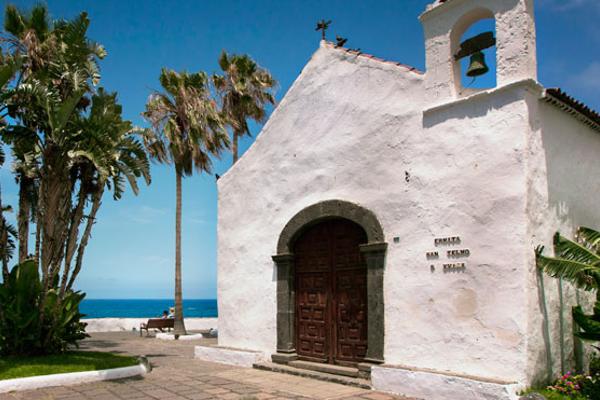 Puerto de la Cruz es turística, pero también encantadora.