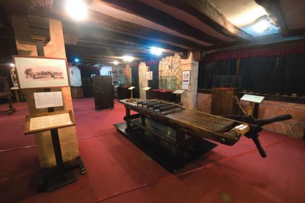 Al Museo de la Tortura de Santillana del Mar dan ganas de ir con los cuñados, ¿verdad?