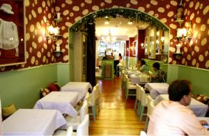 Living in London es uno de los mejores rincones para tomar el té a la inglesa en Madrid. Imagen de su web.