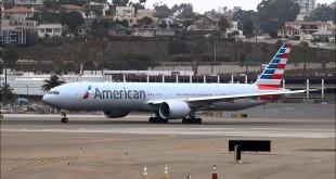 Boeing 777-300ER de American Airlines.