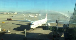 dreamliner_royal-air-maroc_arco-de-agua1