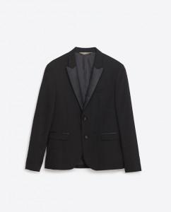 Zara democratiza el esmóquin: el blazer solo cuesta 69,95 euros.