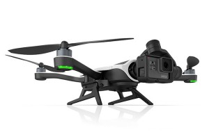 Un dron para filmarlo todo desde el cielo.