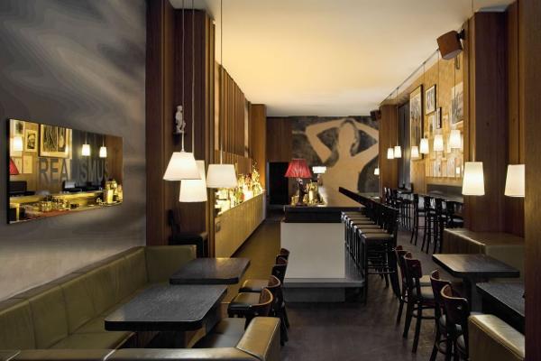 Victoria Bar: o como no fallar en su gin-tonic en Berlín.