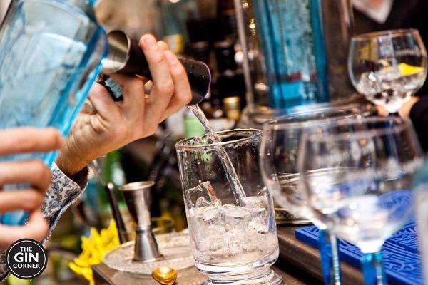 Gin Corner: a brindar en roma con buena ginebra.