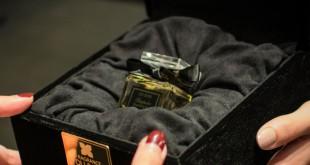 Fragande Du Bois ofrece la posibilidad de crear un perfume de lujo a medida.