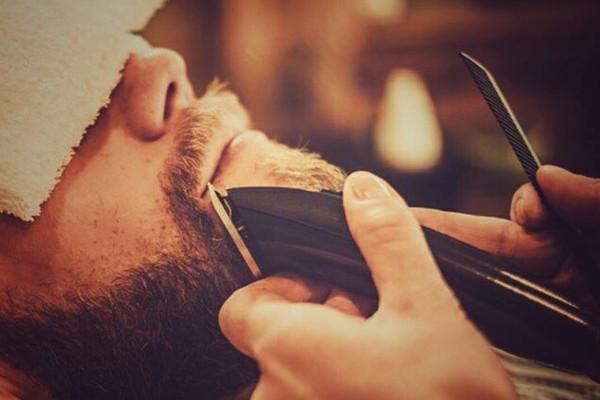 Selu, en Sevilla, también es un excelente lugar para poner su barba a remojar.