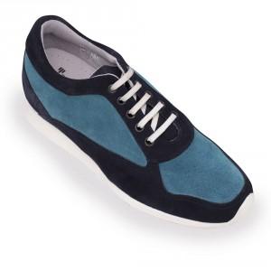 Masaltos también elabora calzado deportivo.