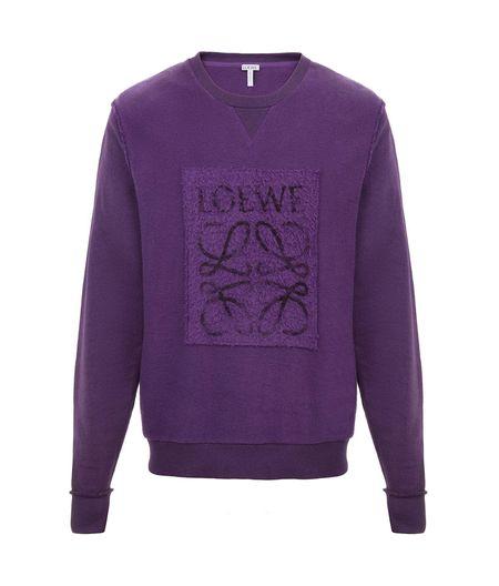 Loewe en violeta.