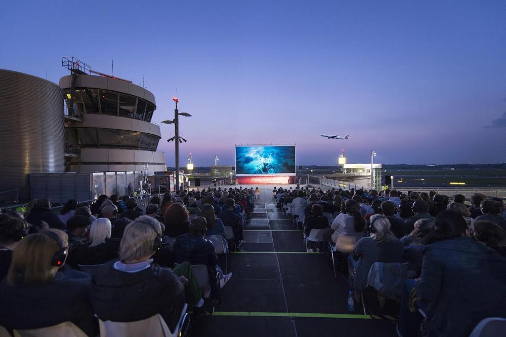 Aeropuerto de Dusseldorf cine