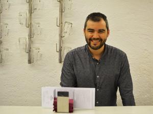 Luis Martínez, en la barra de Arte de Tapas.