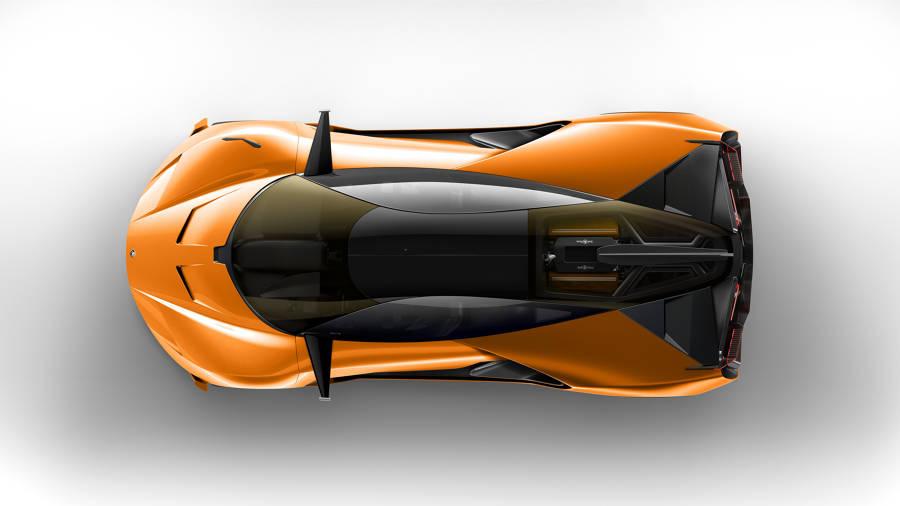 De estética contundente e imponente, el Aero-GT3 ha sido diseñado por Bruno Belamich, director creativo de Bell & Ross.