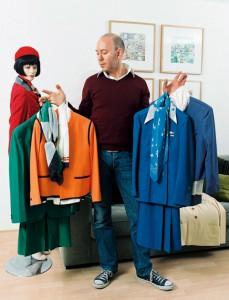 Muskiet con algunos de los uniformes de su colección. Foto: folio.nzz.ch