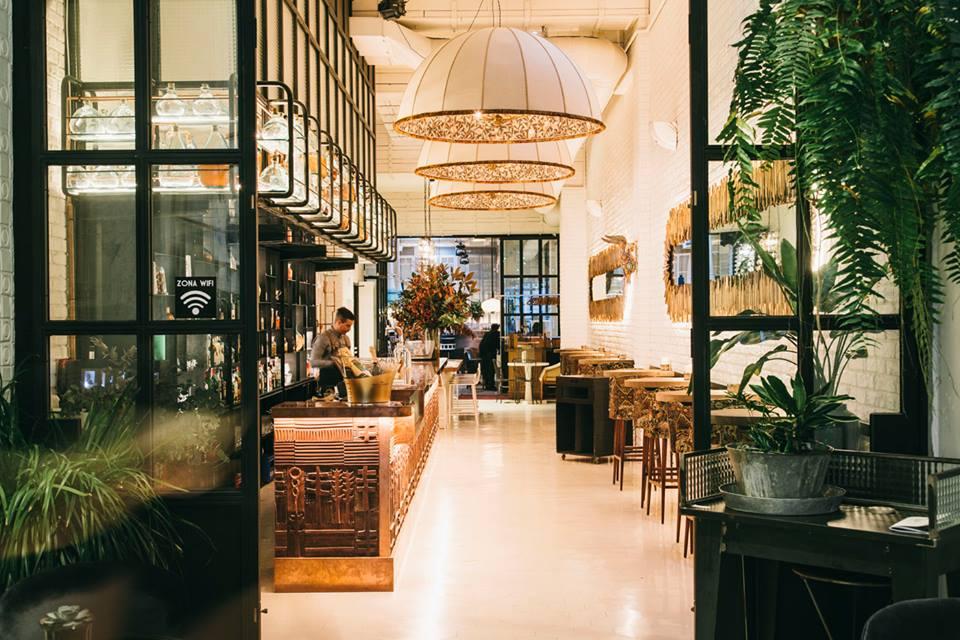 La coctelería de Artte da la bienvenida a este local en el que sucede mucho arte