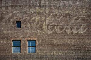 Una vieja publicidad en una fachada, ya todo un clásico en el Soho. Foto: DBOX
