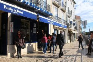 La pastelería Pasteis de Belém es la más conocida en el barrio