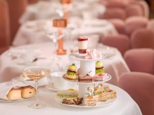 En Sketch, celebre el té, celebre los sándwiches, celebre el rosa. Foto: facebook del restaurante