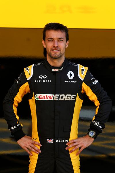 Uno de los grandes pilotos de Renault, Jolyon Palmer, luce el modelo BR03-04 RS17