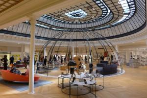 En la sección de zapatería de Le Bon Marché encuentra las mejores firmas europeas y del mundo