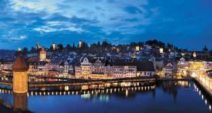 Cuando llega la noche, Lucerna todavía parece más sacada de un cuento tradicional. Foto: Turismo de Lucerna