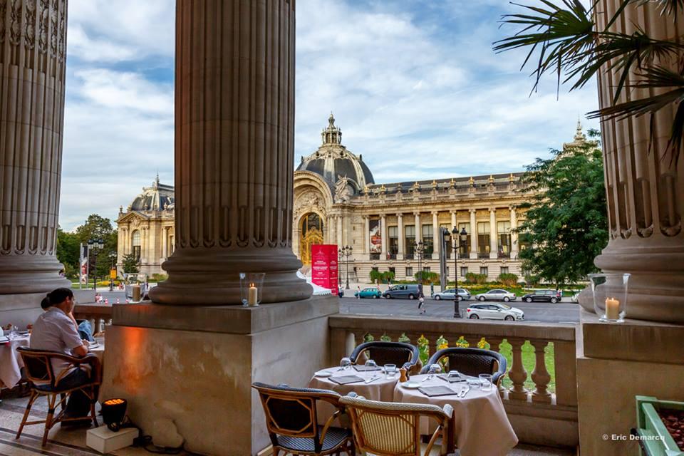 Por las vistas al Petit Palais y por lo imponente del lugar, no querrá salir de la terraza del Le Minipalais. Foto: Eric Demarcq