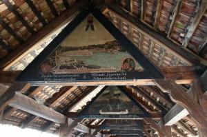 Pinturas en el interior del puente de madera Kapellbrucke. Foto: guias-viajar.com