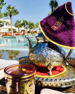 Imprescindible: disfrutar de un té árabe en su hotel