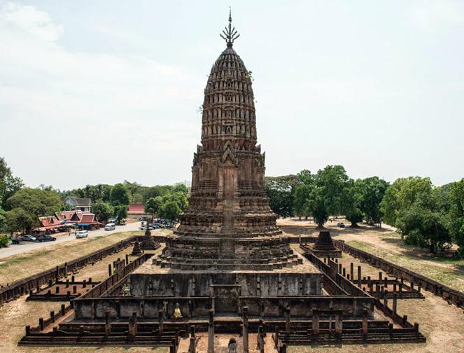 Uno de los templos en el parque Si Satchanalai
