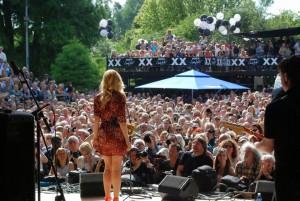 Música, teatro, danza y cabaret al aire libre, en el centro del parque Vondelpark de Ámsterdam