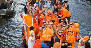 Fiesta en Ámsterdam , el Día de la Reina (ahora del Rey)