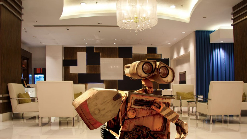 Wall-E Henn-na