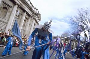 Desfiles por las calles de Dublín.